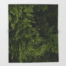 Small leaves Throw Blanket