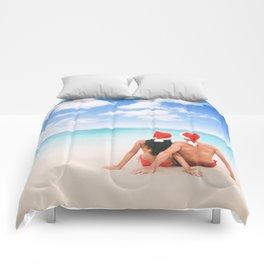 Christmas beach vacation couple on Hawaii Comforters