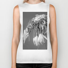 Black and white dandelion covered by raindrops Biker Tank