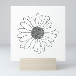 Daisy Mini Art Print