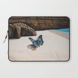 Le papillon de l'amour bleu azur Laptop Sleeve