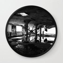 # 178 Wall Clock