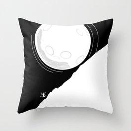Runing moon Throw Pillow