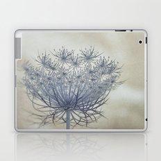 Vintage Wildflower Botanical Queen Anne's Lace in Blue Laptop & iPad Skin