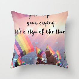 Harry Styles - rainbow flag Throw Pillow