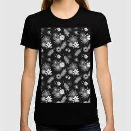 Cute Black and White Floral Flower Pattern Design // Garden Greenery Vines Leaves Gerber Daisy T-shirt