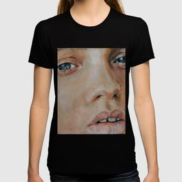 abbey-lee kershaw  T-shirt
