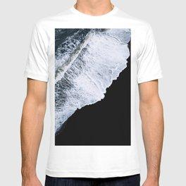 Waves crashing on a black sand beach – minimalist Landscape Photography T-shirt