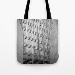 Arab World Institute Paris bw Tote Bag