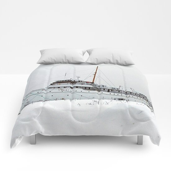 SS Keewatin in Winter White Comforters