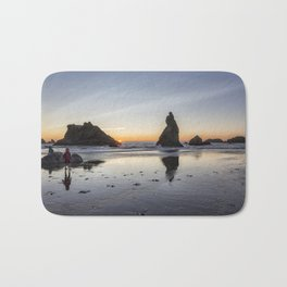 Children Playing at Sunset on Bandon Beach Bath Mat