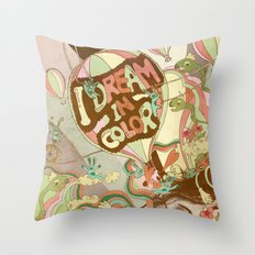 I dream in color Throw Pillow