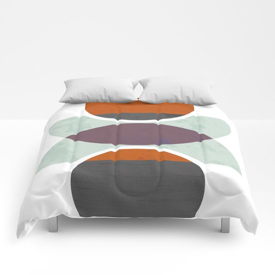 Reflected circles Comforters