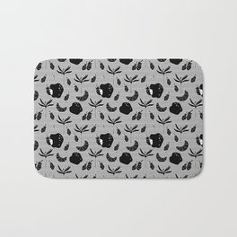 Pattern with a croissant, apples, strawberries and flowers. Black and white. Bath Mat
