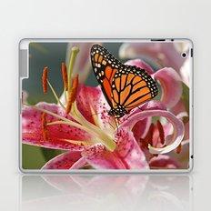 Monarch Butterfly on a Stargazer Lily Laptop & iPad Skin