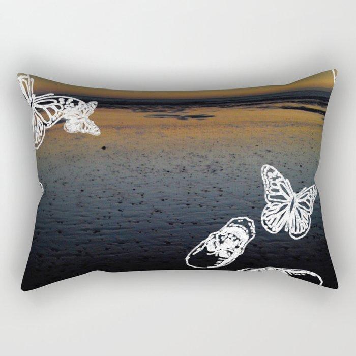 Beach noir Rectangular Pillow