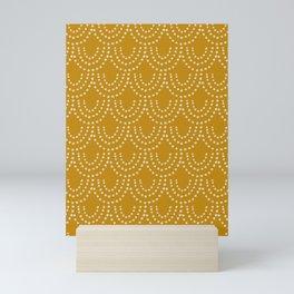 Dotted Scallop in Gold Mini Art Print