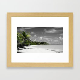 White Sands - black/white/green Framed Art Print