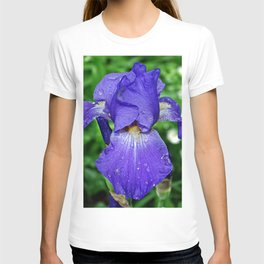 Cool blue-violet Iris 'Sea Master' T-shirt