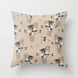 Nature best Throw Pillow