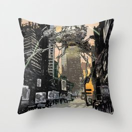Martian attack Throw Pillow