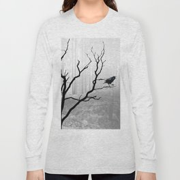 Black Crow in Foggy Forest A118 Long Sleeve T-shirt