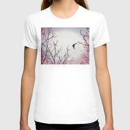 Bird in the sky pink lilac white T-shirt