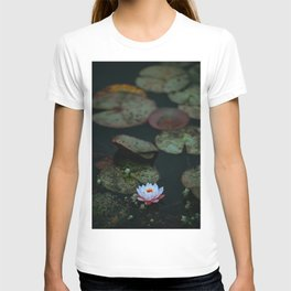 Dark Sensual Lily Pad Pond White Lotus Flower T-shirt