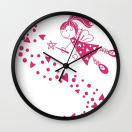 Hada con manto de corazones Wall Clock