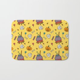Happy halloween pumpkins, skulls, candies and pots pattern Bath Mat