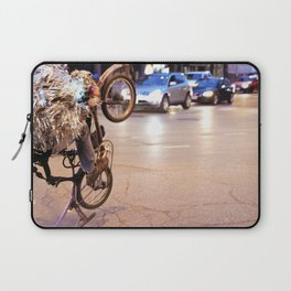Performance Art on the Streets of Bucktown, Chicago 01 Laptop Sleeve