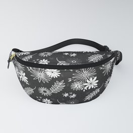 Cute Black and White Floral Flower Pattern Design // Garden Greenery Vines Leaves Gerber Daisy Fanny Pack