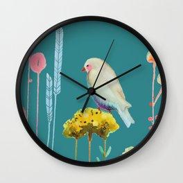 en chemin Wall Clock