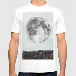 Moon in the fall T-shirt