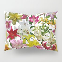 Lots of lilies to love! Pillow Sham