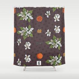 Biscotti all'arancia Shower Curtain