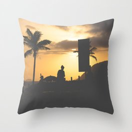 Carioca way of life Throw Pillow