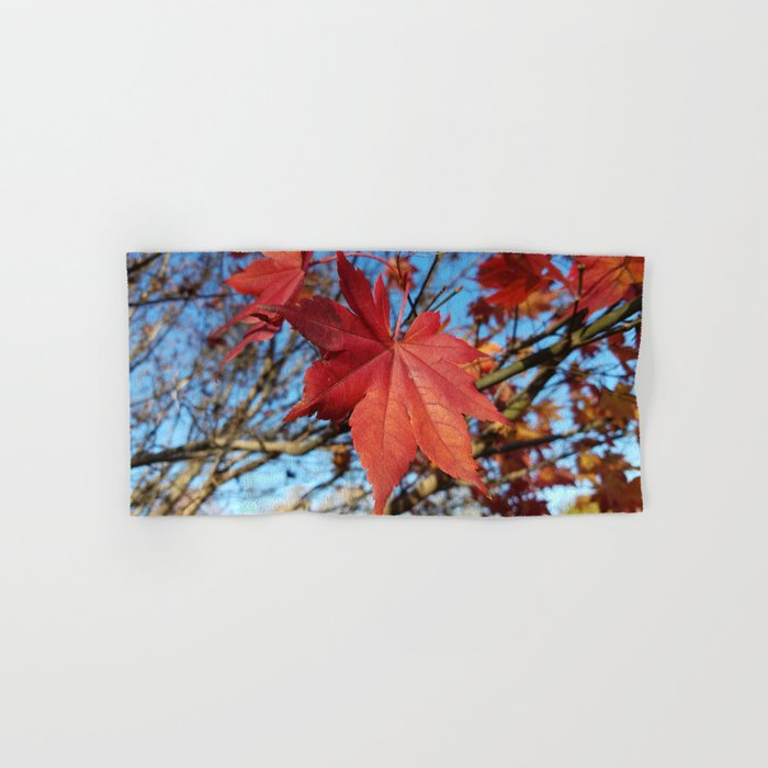 Maple leaf center stage Hand & Bath Towel