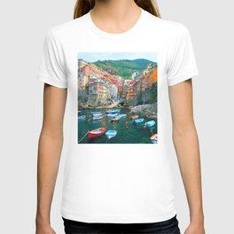 Italy. Cinque Terre marina T-shirt