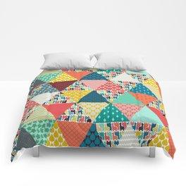 llama geo triangles Comforters