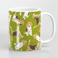 beagle scatter green Mug