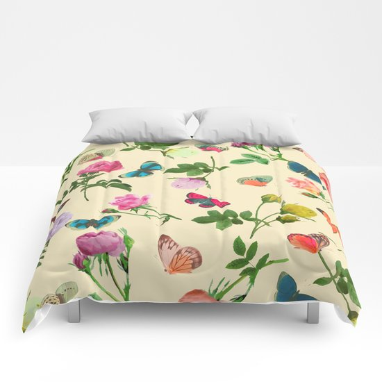 Las Rosas & Mariposas II Comforters
