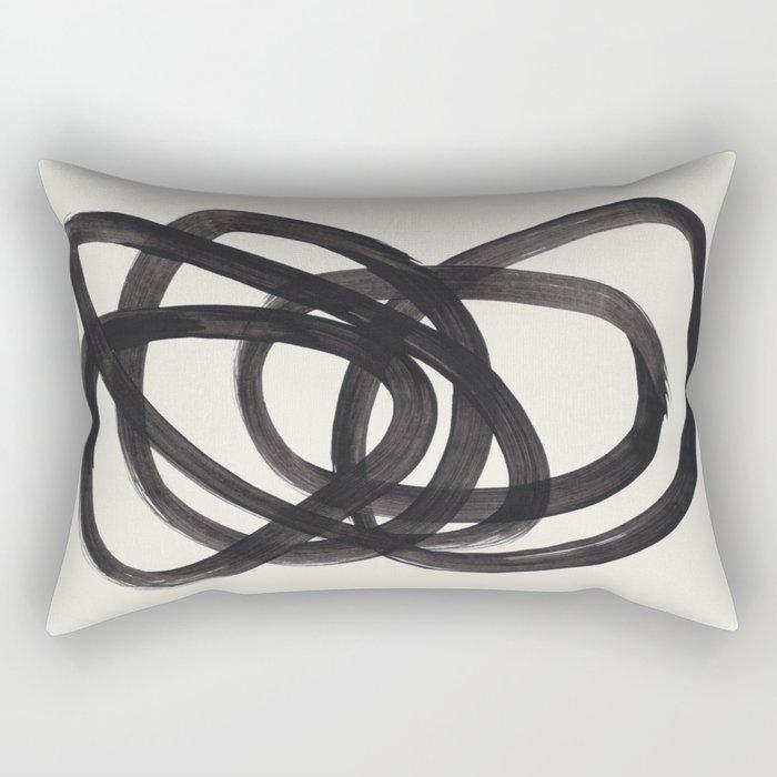Mid Century Modern Minimalist Abstract Art Brush Strokes Black & White Ink Art Spiral Circles Rechteckiges Kissen