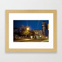 Le crayon Lyon Framed Art Print