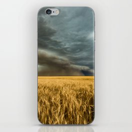 Earth Mover - Storm Advances Across Great Plains in Colorado iPhone Skin