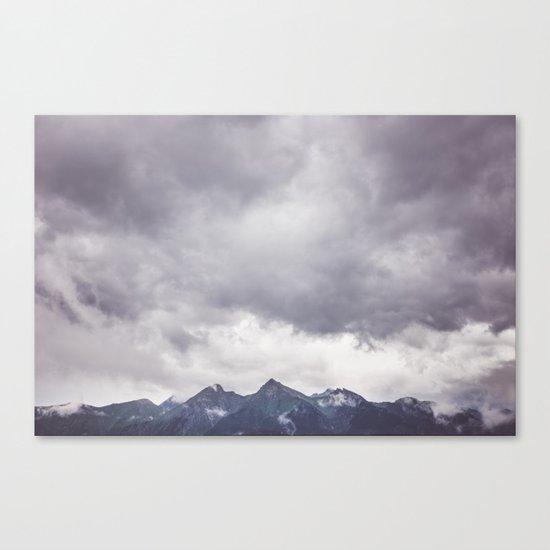 Born to hike Canvas Print