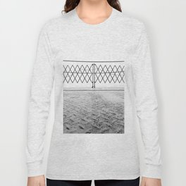 Ferry Fence Long Sleeve T-shirt
