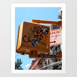 New York wisdom; guess who lives? Art Print