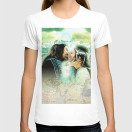 King and Queen kissing T-shirt