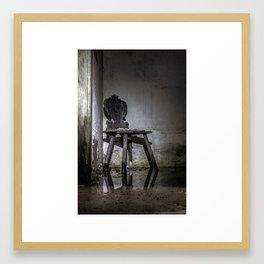 Gläser Sessel Framed Art Print